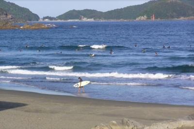 shikoku beach surf.png